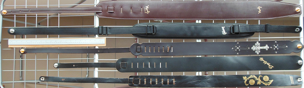 2 Gibson Fatboy Moody Leather Guitar Straps 1_.jpg