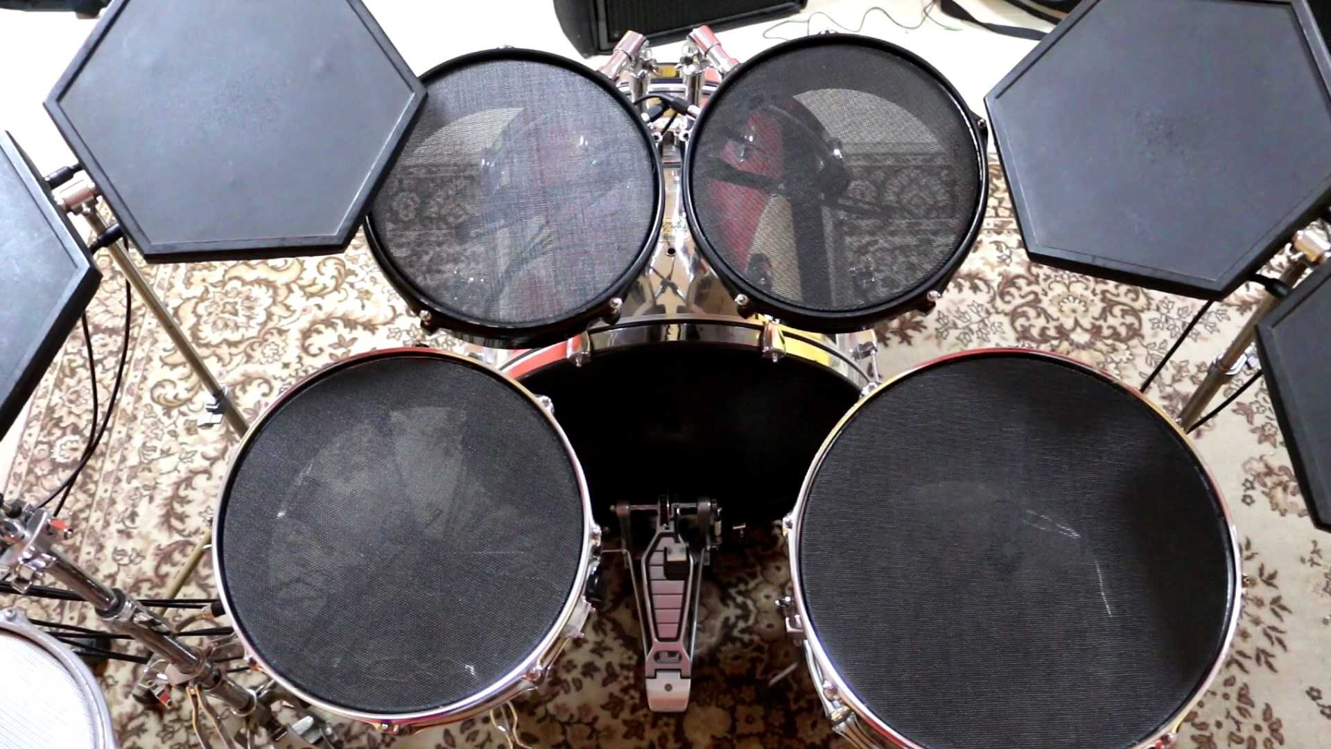 Drum_set.mp4_snapshot_01.07_[2018.03.14_12.23.46].jpg